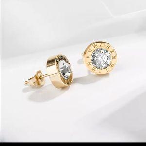 🆕 Roman Numeral stud earrings